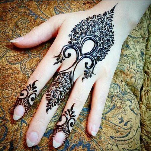 Simple Mehendi Designs for Hands