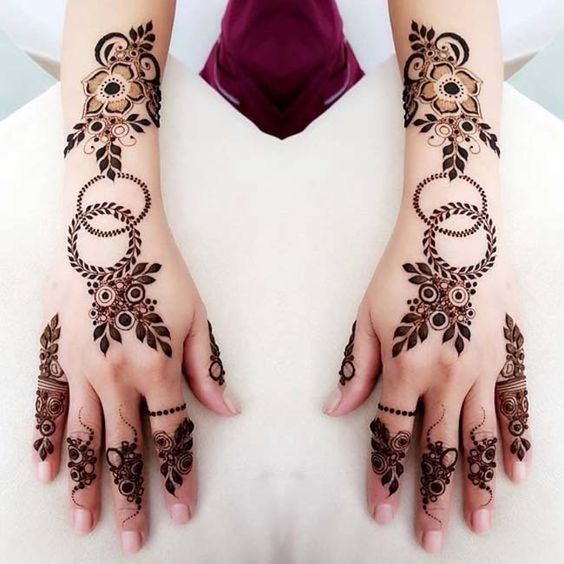 new fashionable mehndi design