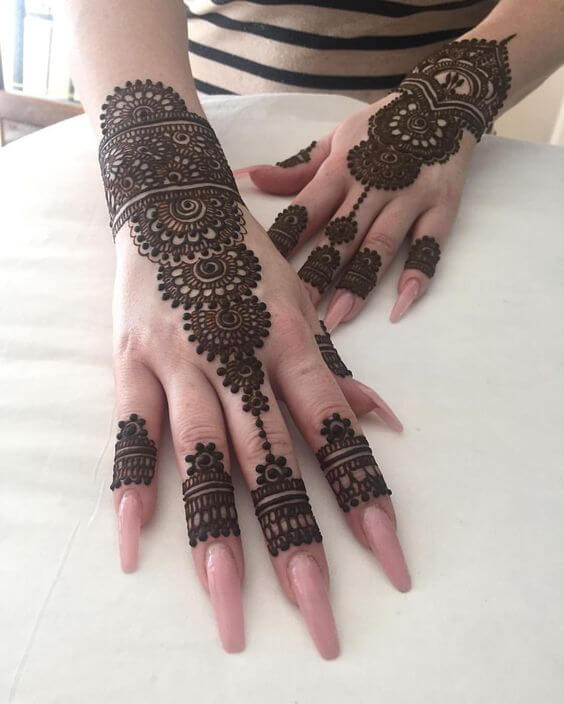 girlish mehndi design